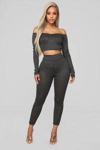 Feel The Warmth Pant Set - Black