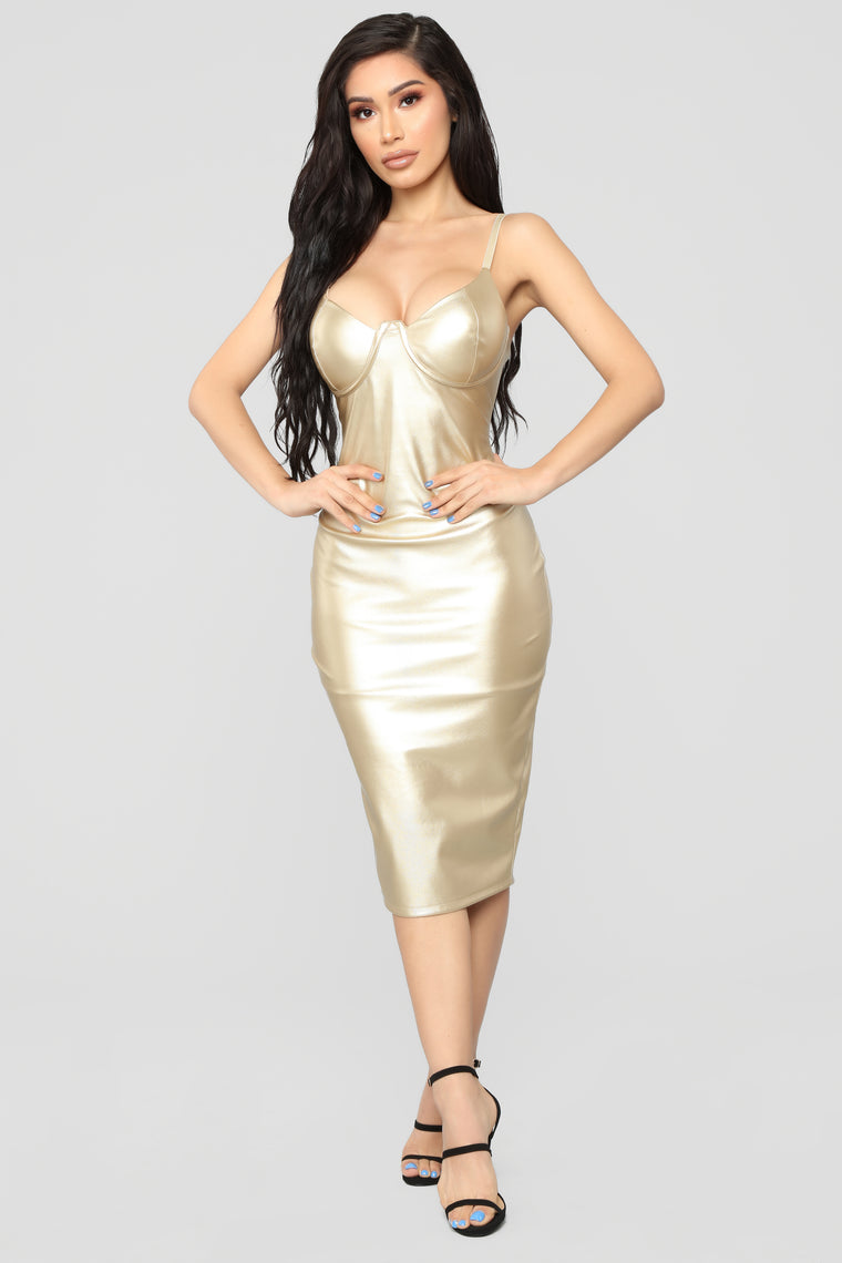 Feeling Flirtatious Midi Dress - Gold