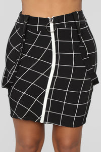 Front And Center Suspender Skirt - Black/White