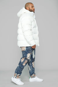 Classic Puffer Jacket - White Angle 9