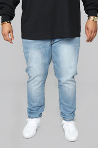 Domo Skinny Jeans - Light Blue Wash Angle 7