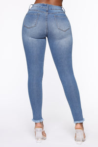 On The Fray Ankle Jeans - Medium Blue Wash