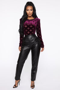 Counting Paper Faux Leather Pant - Black Angle 3