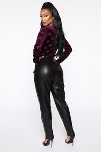 Counting Paper Faux Leather Pant - Black