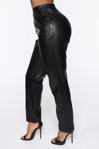 Counting Paper Faux Leather Pant - Black Angle 4