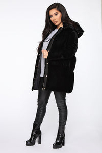 Satisfaction Velvet Puffer Jacket - Black