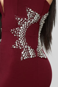 Star Status Maxi Gown - Burgundy