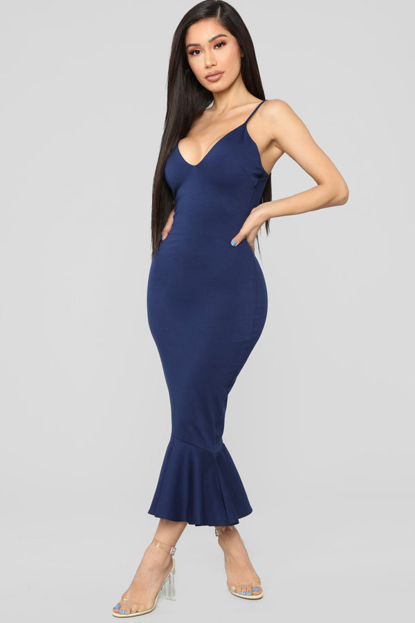 b17f756ee92 Playing The Game Midi Dress - Navy