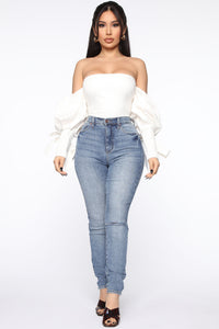 Hey Babe Off Shoulder Top - White