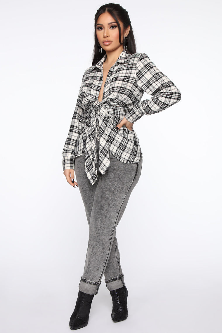 Good Behavior Plaid Top - Black/White