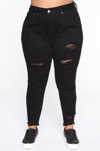 Gotta Go Distressed Mom Jeans - Black