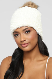 All Cozied Up Beanie - White
