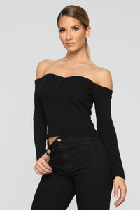 Wanderlust Off Shoulder Top - Black