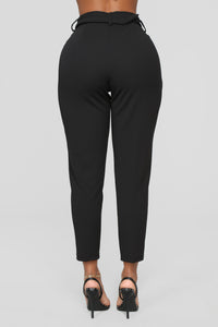 Khloe Belted Knit Trouser - Black