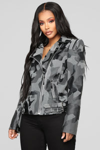 Hiding Away Camo Jacket - Grey