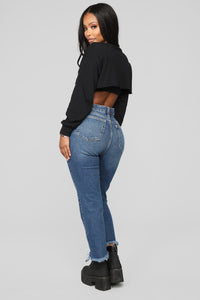 Super Vibes Cropped Sweatshirt - Black Angle 5