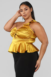 Hooked On Me One Shoulder Top - Mustard