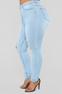 On A Wave Jeans - Light Blue Wash Angle 10