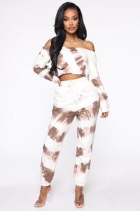 Blurred Lines Tie Dye Set - White/Brown Angle 1