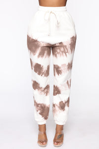 Blurred Lines Tie Dye Set - White/Brown Angle 6