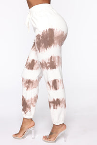 Blurred Lines Tie Dye Set - White/Brown Angle 7