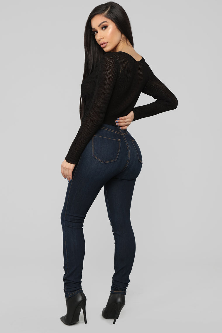 Good Life Cropped Sweater - Black