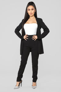 Payin' It Forward Blazer Set - Black Angle 1