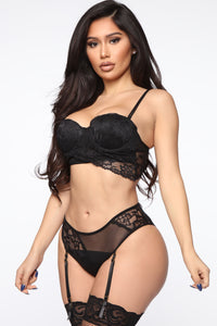 Just Like That Lace Garter 2 Piece Set - Black