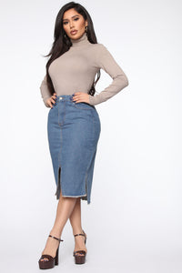 On The Rise Midi Denim Skirt - Medium Wash Angle 3