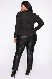 Counting Paper Faux Leather Pant - Black Angle 9