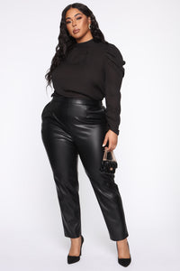 Counting Paper Faux Leather Pant - Black Angle 8