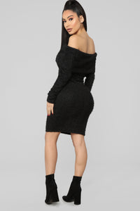 Bear Hugs Sweater Midi Dress - Black Angle 4