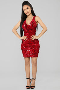 Countdown Sequin Velvet Dress - Red