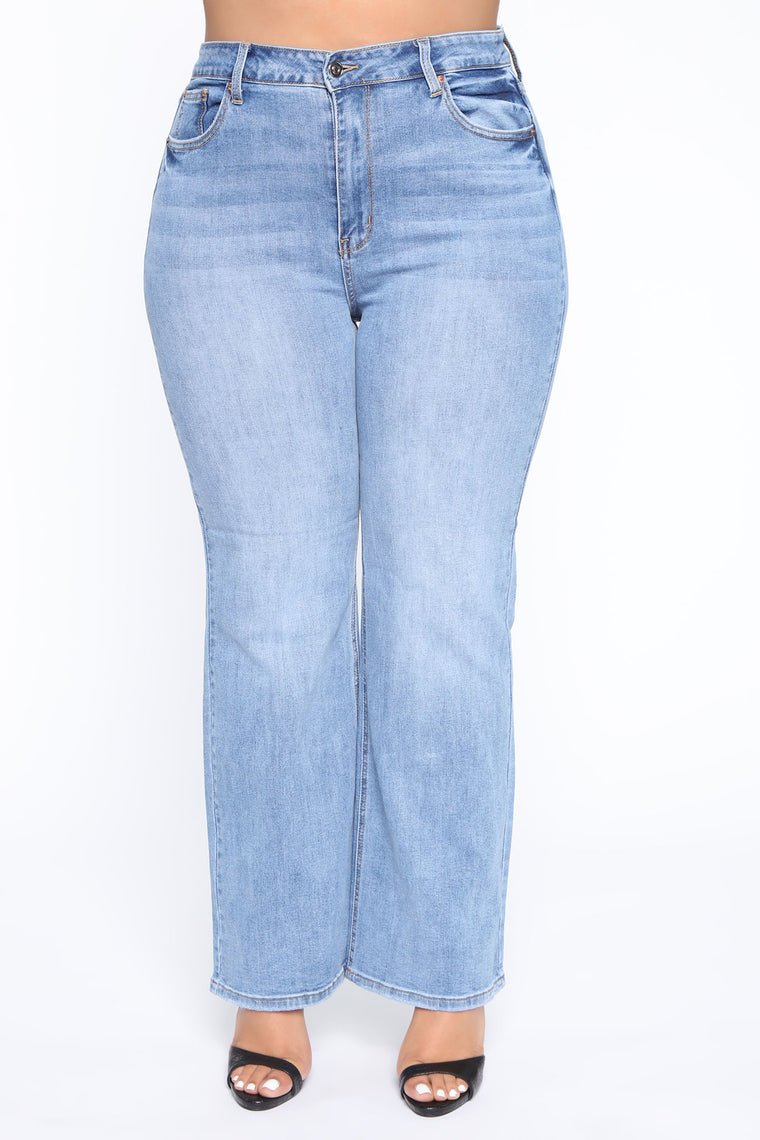 Show Me More Flare Jeans - Light Blue Wash