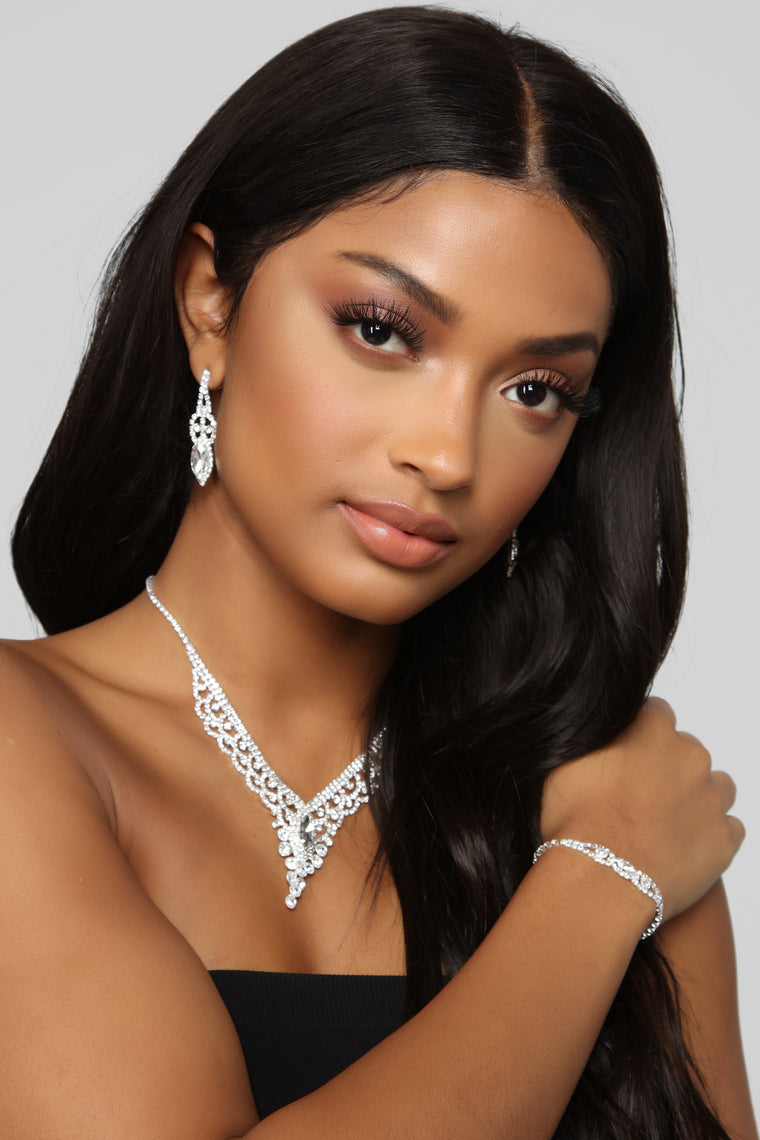 A Lot More Jewelry Set - Silver