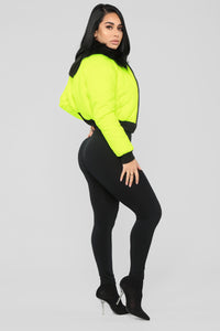 Center Attention Puffer Jacket - Neon Yellow