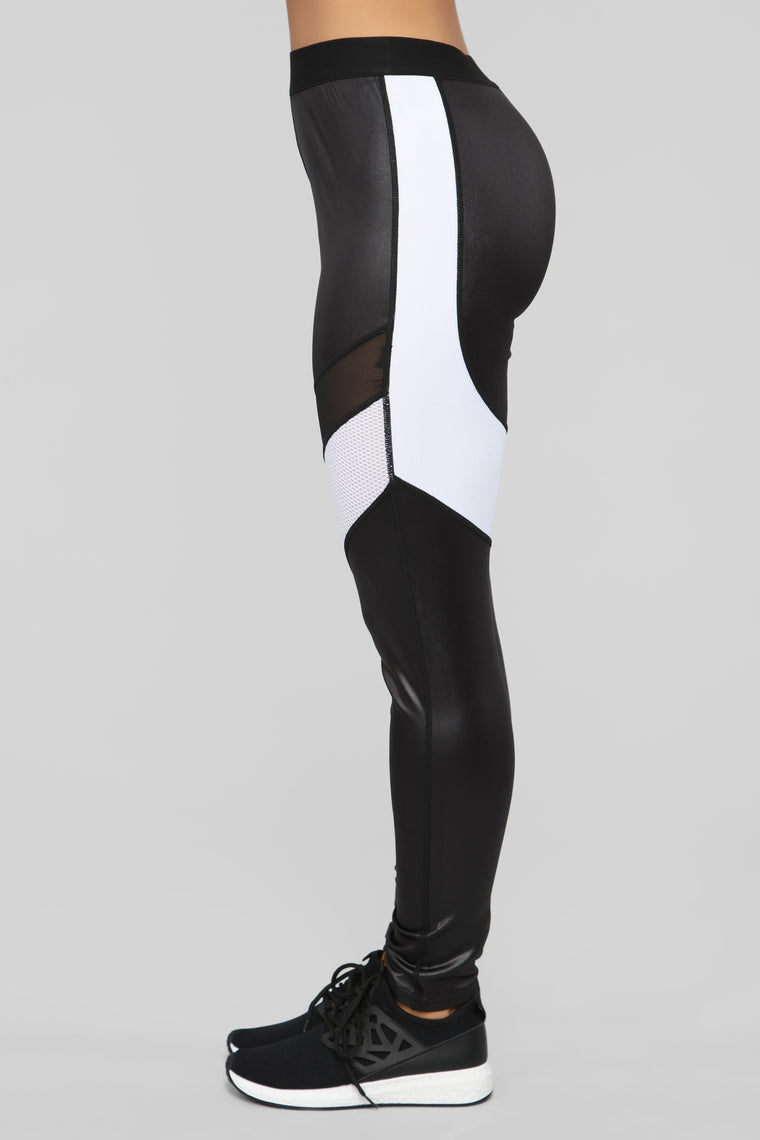 Stuntin' and Shinin' Active Legging - Black/White