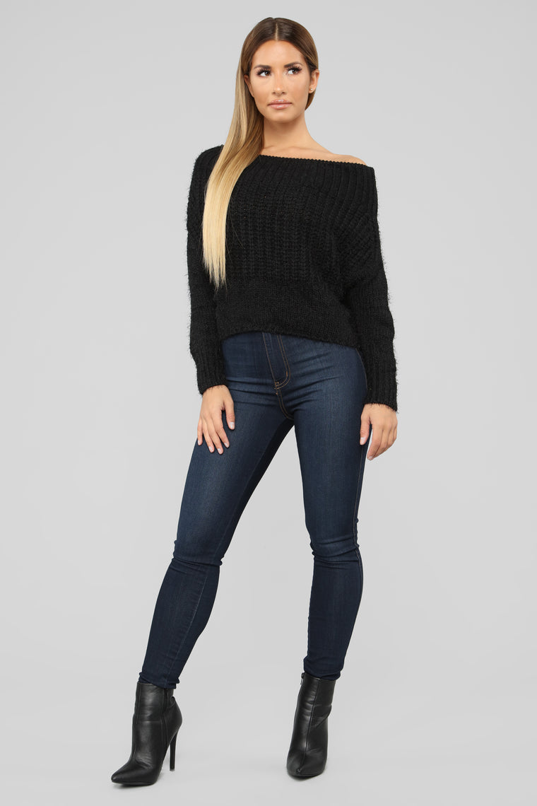 Victoria Off Shoulder Sweater - Black