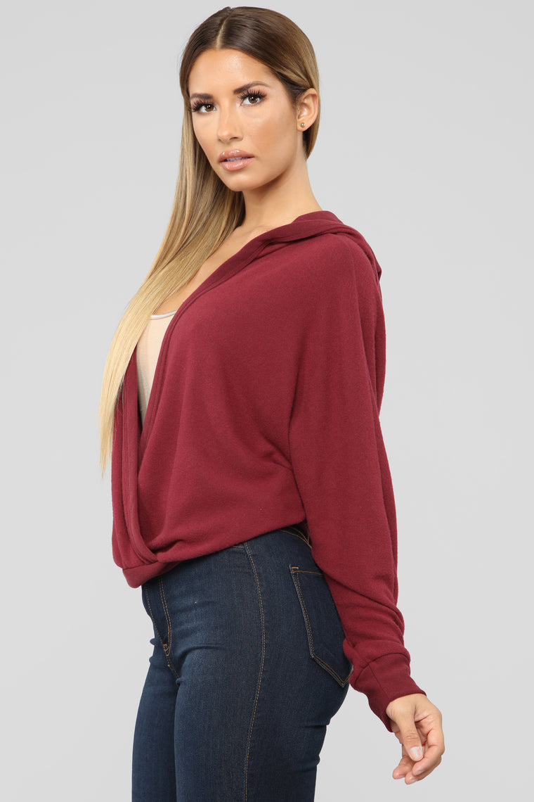 Stay Lovely Top - Burgundy