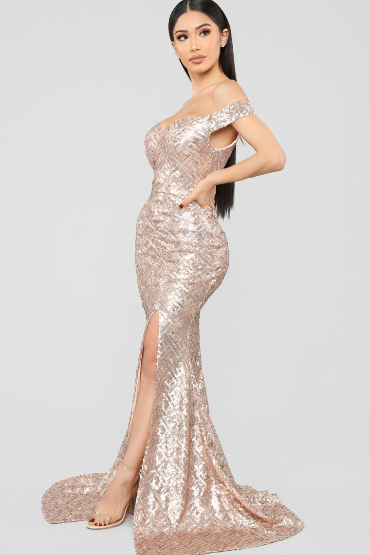 I'll Be Your Queen Sequin Maxi Dress - Rose Gold