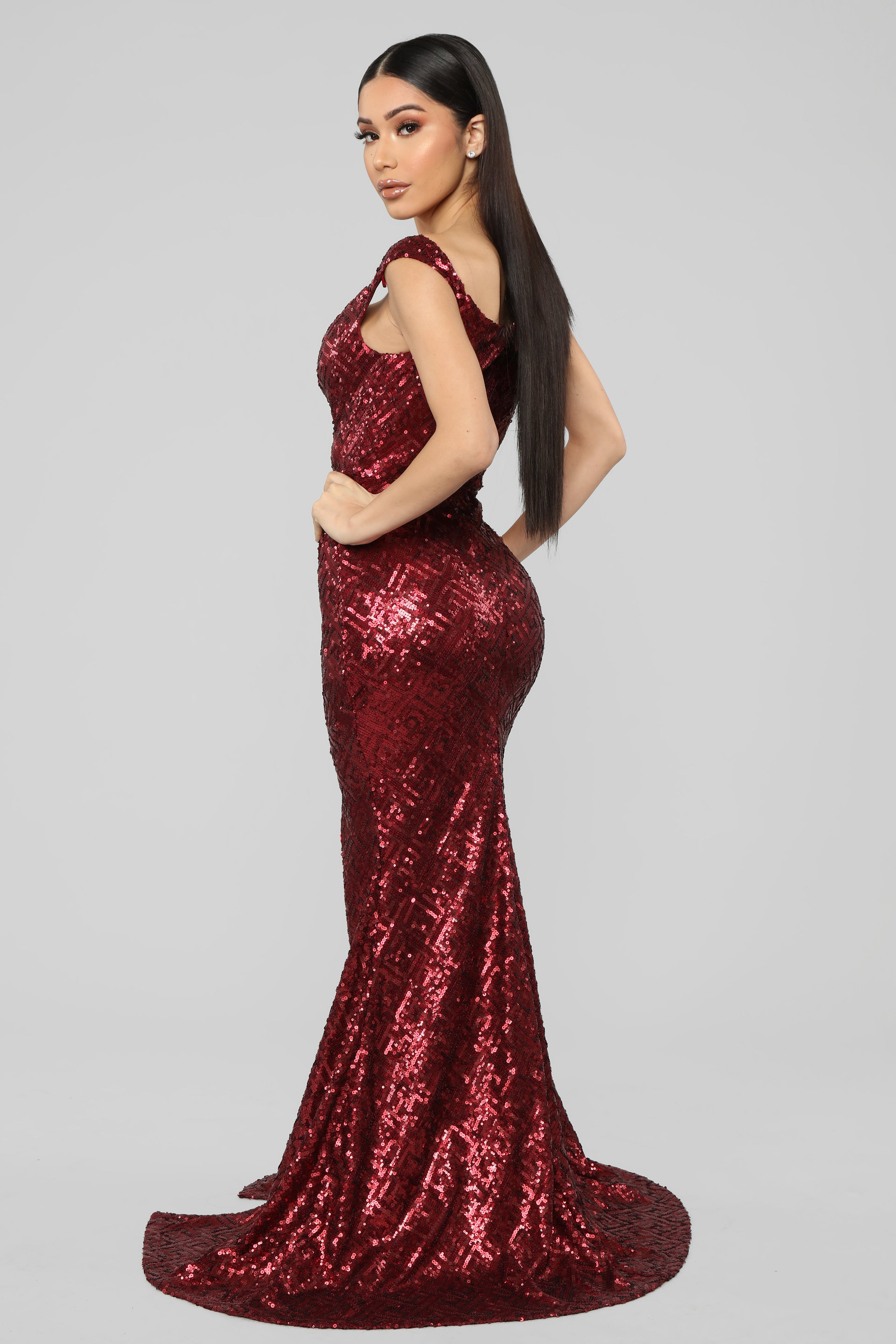 034a9c45 I'll Be Your Queen Sequin Maxi Dress - Burgundy