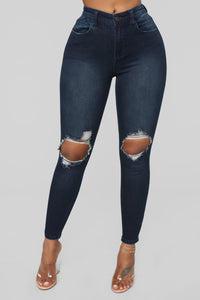 Walk Of Fame Ankle Jeans - Dark Wash Angle 3