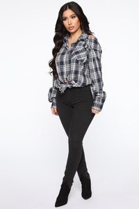 Chill For the Weekend Plaid Top - Ivory/combo Angle 4