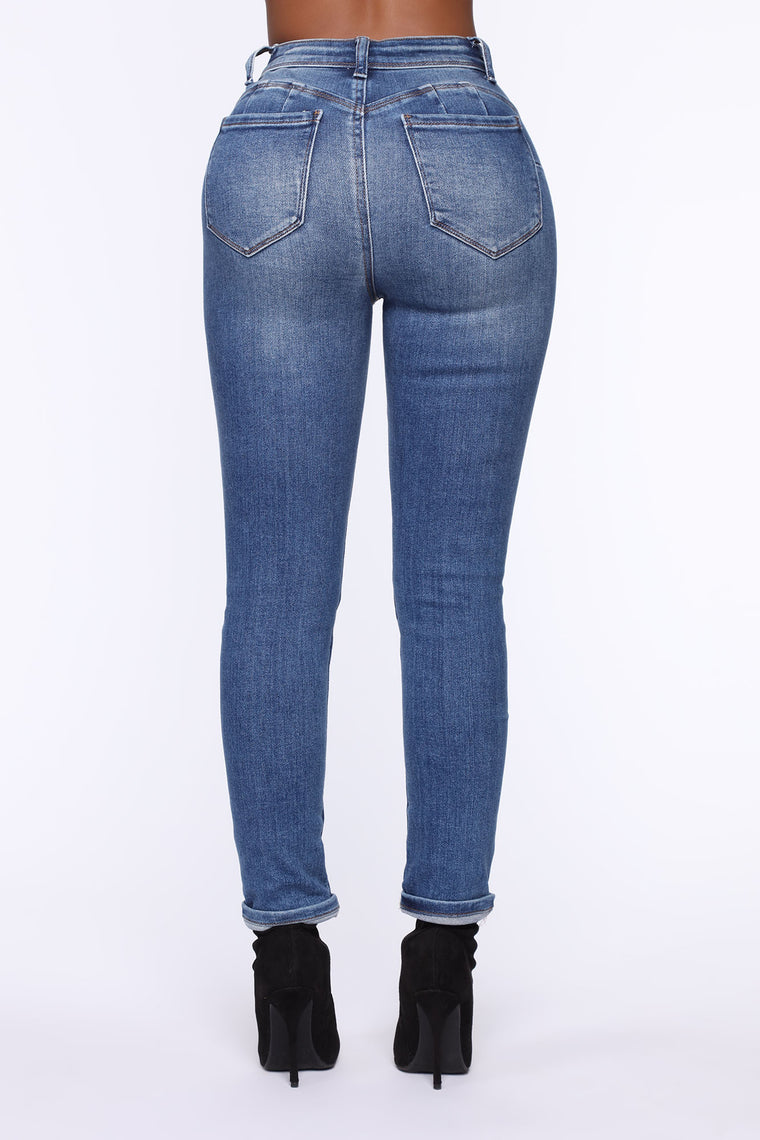 The Comeback Distressed Skinny Jeans - Medium Blue Wash