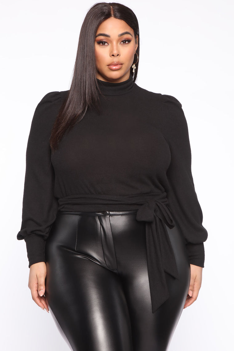 LMK The Detail Tie Front Top - Black