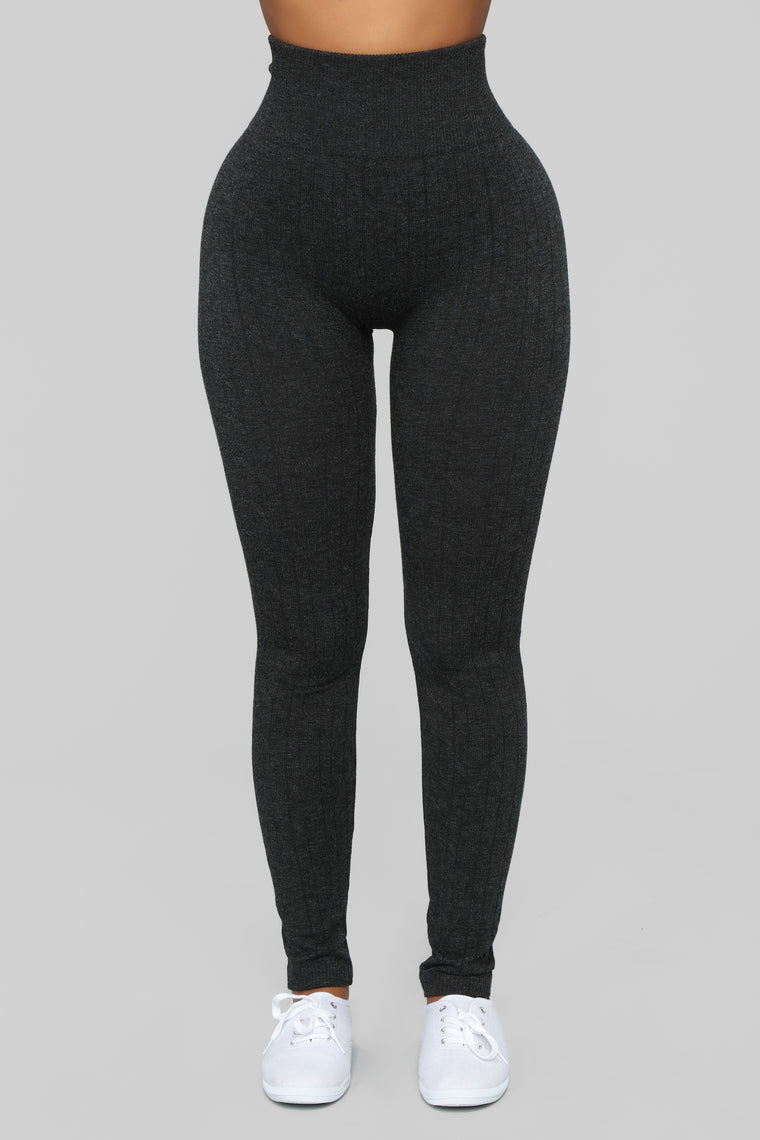 Finders Keepers Cable Knit Leggings - Grey