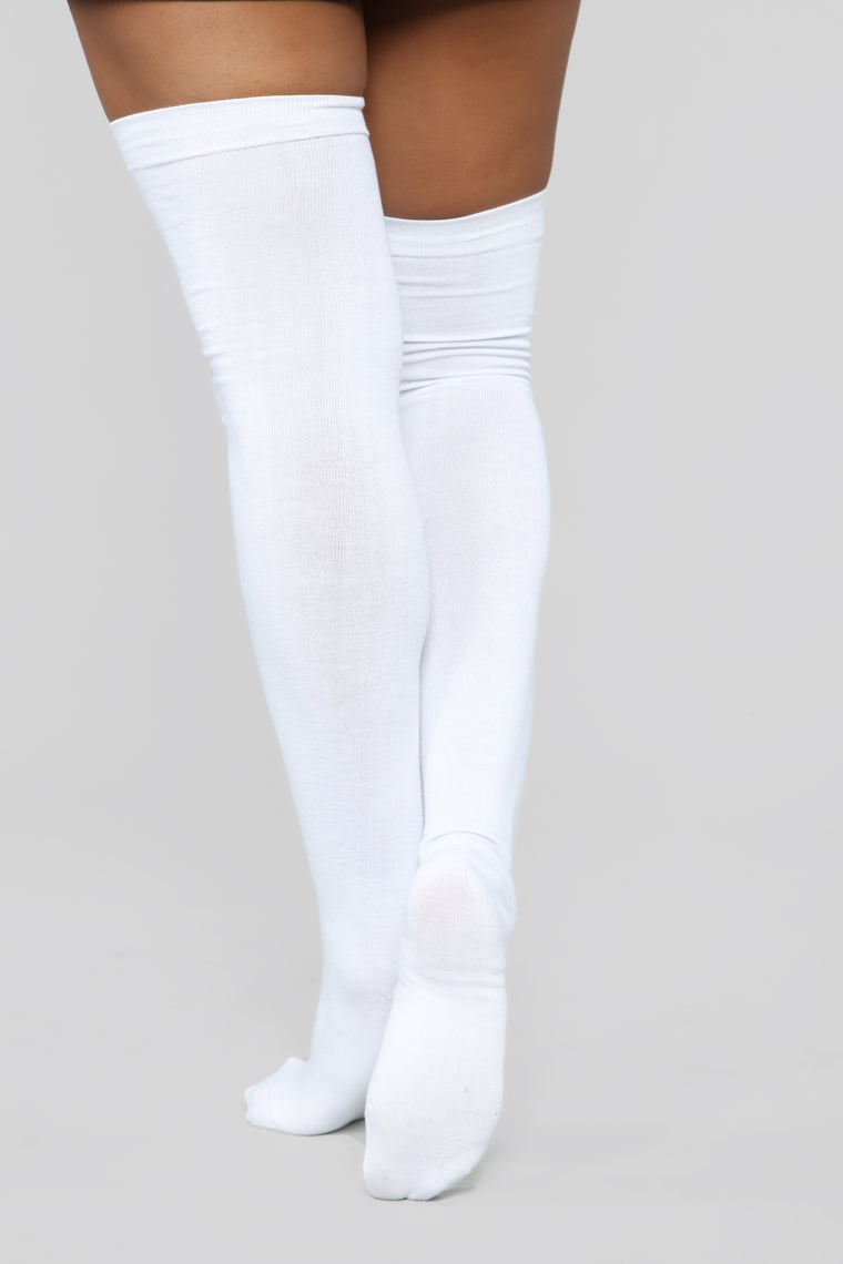 You Kneed This Knee High Socks - White