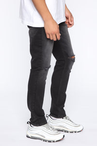 Born To Win Distressed Slim Taper Jean - Black Angle 3