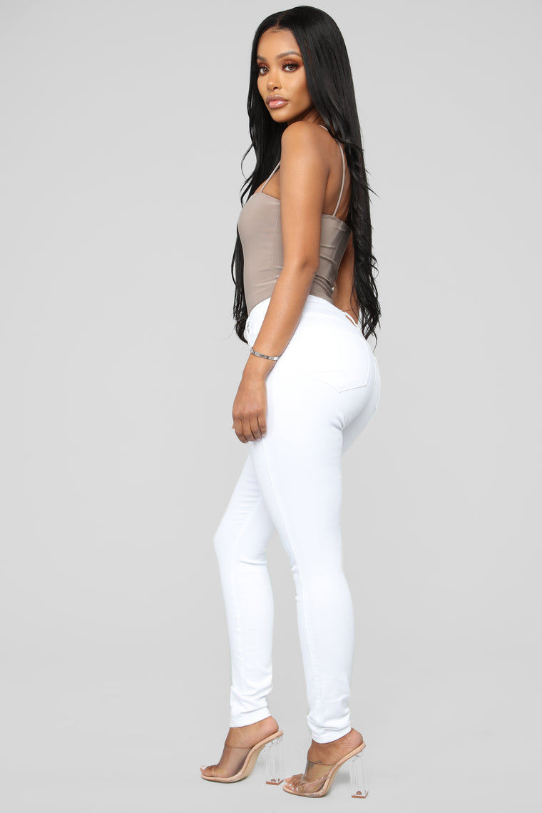 Classic Mid Rise Skinny Jeans - White