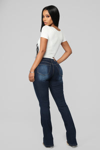 Getting The Boot Mid Rise Jeans - Dark Denim